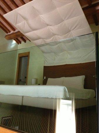 Hotel Ilaria: Bed