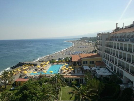 Hilton Giardini Naxos: piscina dal 6° piano