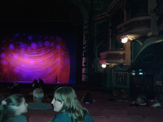 Mayflower Theatre: Pre-show view of the stage