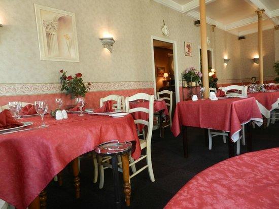 Restaurant La Cloche : Salle du restaurant