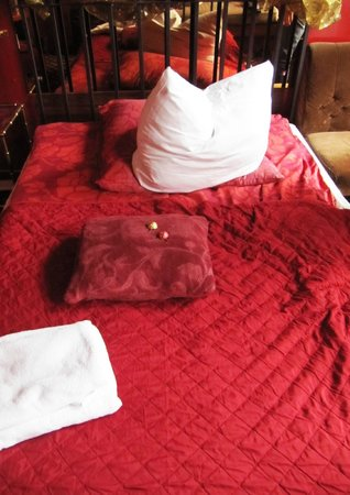 Hotel Village: Bett