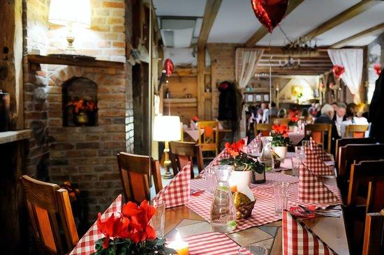 Karczma Chelminska: Restaurant