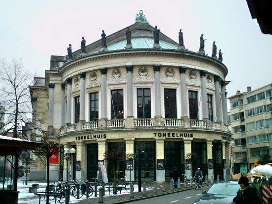 Bourla Theater (Bourlaschouwburg): Bourla theatre.