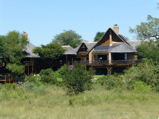 Lukimbi Safari Lodge: View of Lukimbi at the end of our bush walk where we saw Black Rhino