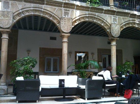 El Tostado: patio