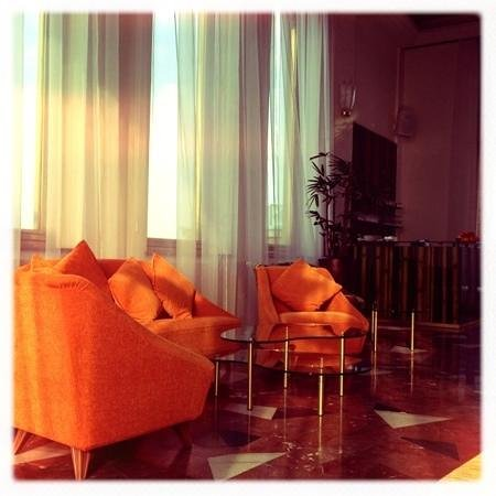 Hotel International Prague: That wonderful 70s furniture.. classic