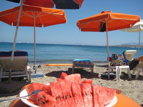 Imperial Hotel: пляж в 7 минутах от отеля