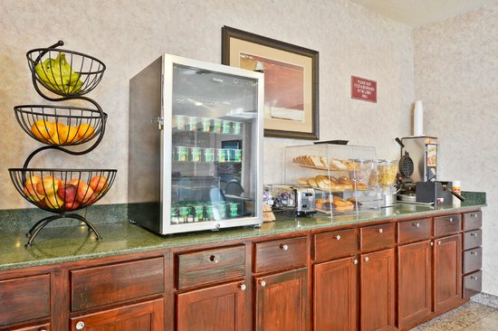 BEST WESTERN Des Plaines Inn: BREAKFAST