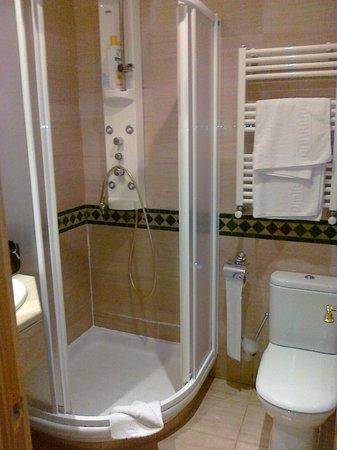 Hostal Oriente: bagno