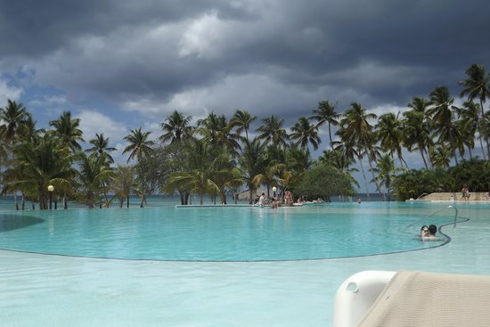 pool picture of dreams la romana resort spa bayahibe. Black Bedroom Furniture Sets. Home Design Ideas