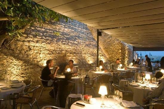 Outdoor dining at Komokieras, Sitges, Spain