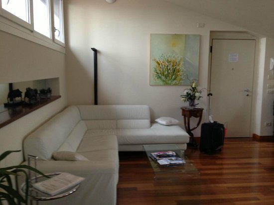 B&B Panorama: Living room