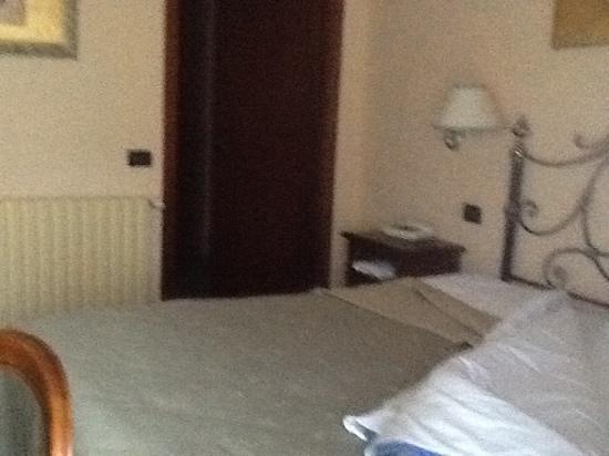 Hotel Sicilia: camera