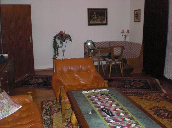 Krone: Wohnzimmer