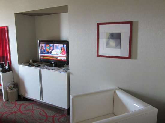 Bally's Atlantic City: Flat screen with 30 channels