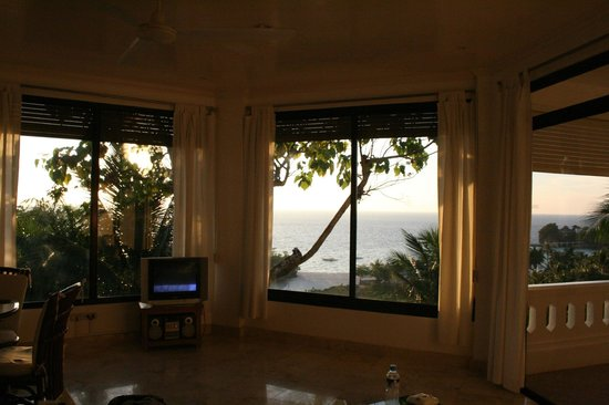Argonauta Boracay: View from living room