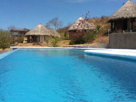 Las Plumerias Lodge and Surf: The Pool