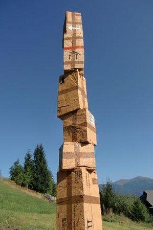 Art-Lodge in den Nockbergen: Skulptur auf der Alm