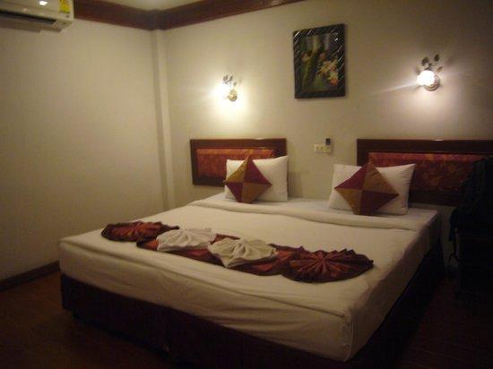 Kinnaree Resort: double bedroom