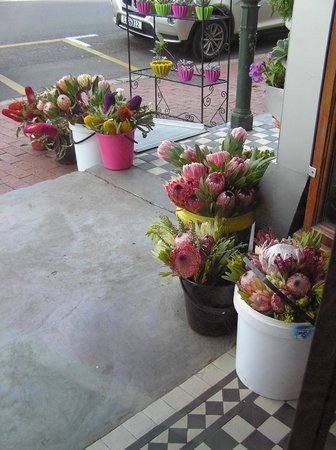Kikka is home to a florist as well as a restaurant