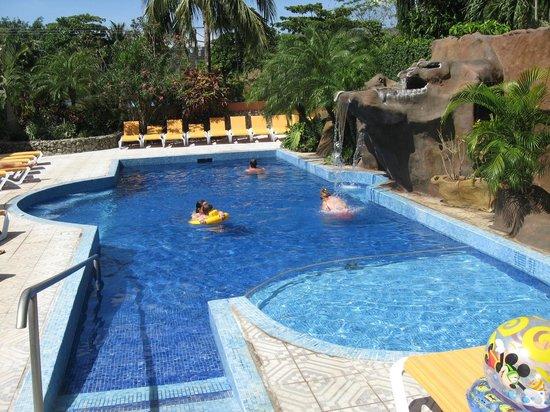 Hotel ManGaby: pool