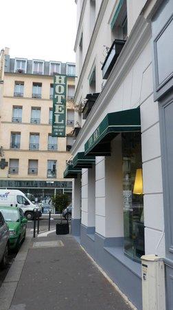 Prince Albert Lyon Bercy : fachada del hotel