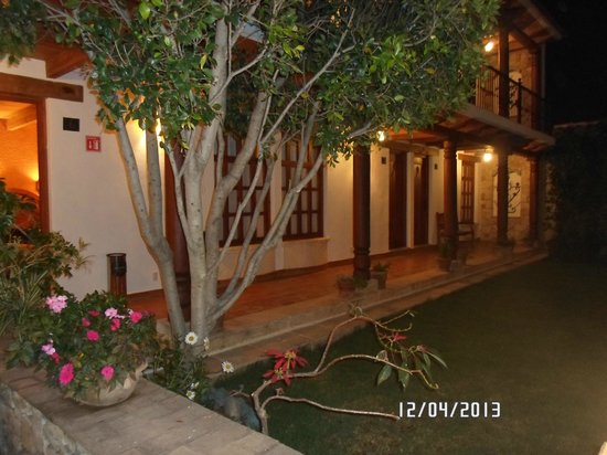 Hotel Parador Margarita: Patio principal