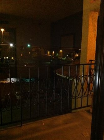 Embassy Suites by Hilton Dallas DFW Airport South: small tiny balcony