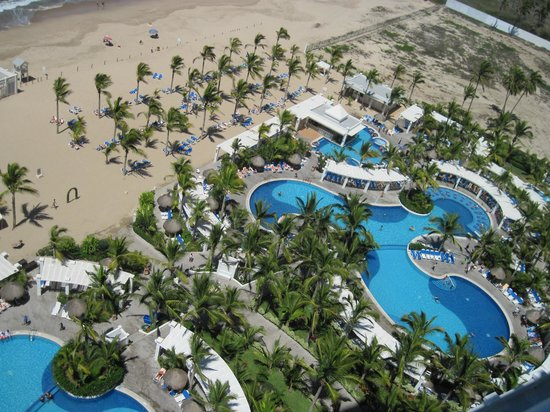 Hotel Riu Emerald Bay: View from 14th floor