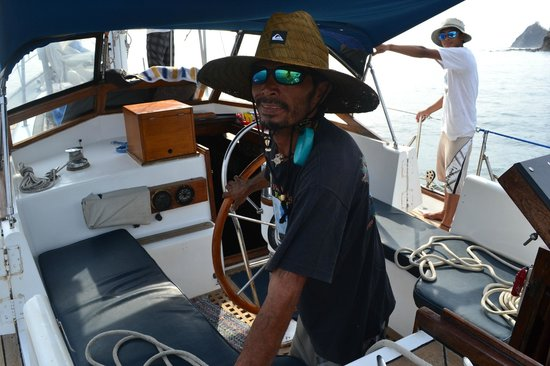 The Seabird Sailing Catamaran Tours: Captain Sebastian - You're in expert hands!