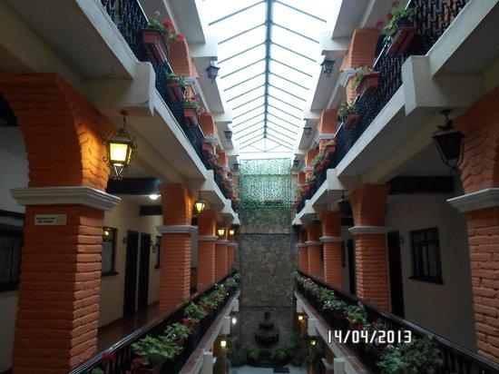 Hotel Del Carmen: vista general del hotel