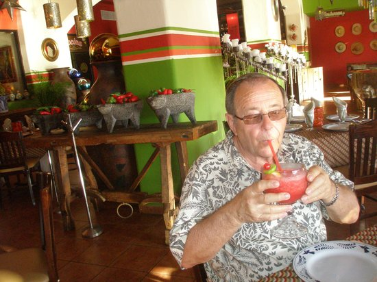 Los Deseos : The margaritas were wonderful!