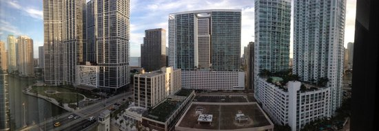 Hyatt Regency Miami: Birds eye view from Hotel Room