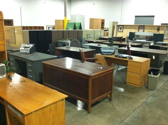Kentuckiana Trading: Tons of Office Furniture