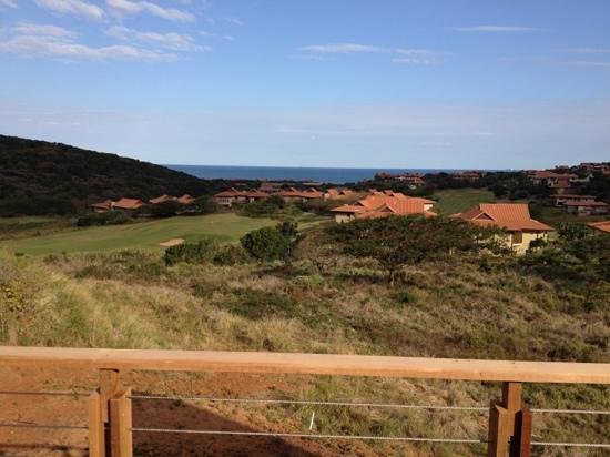 Fairmont Zimbali Lodge: View from one of the golf holes.