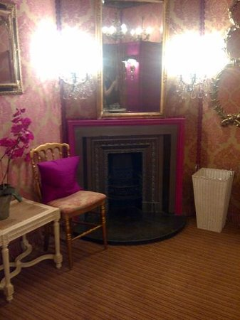 Prestonfield: powder room 4