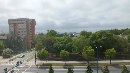 SpringHill Suites Norfolk Old Dominion University: View of ODU
