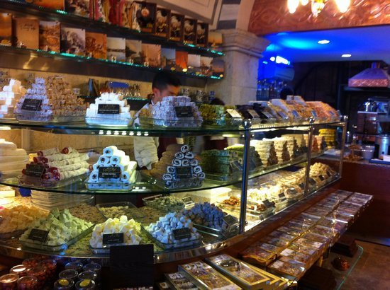 Cigdem Patisserie : Another sample of cakes!