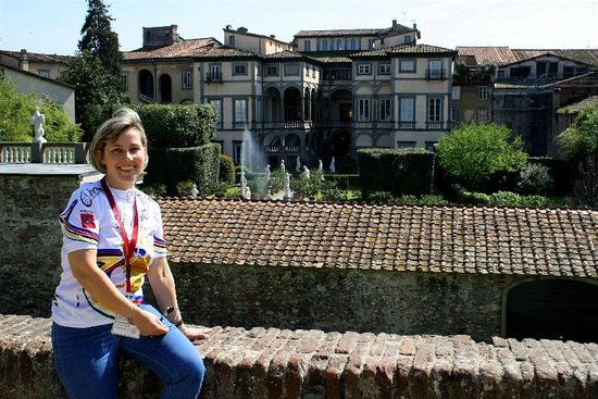Discover Lucca with Elena: Palazzo Pfanner in Lucca