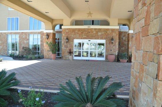 Hampton Inn and Suites Boerne: Outside entrance