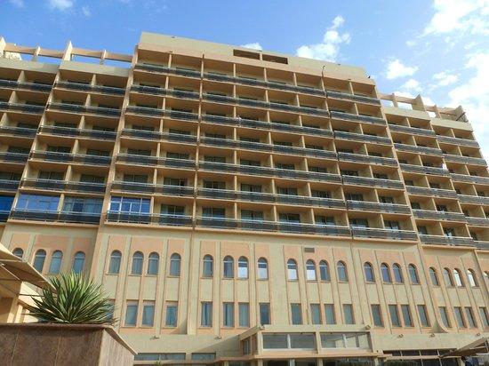 فندق ميركور جراند: L'hôtel côté piscine