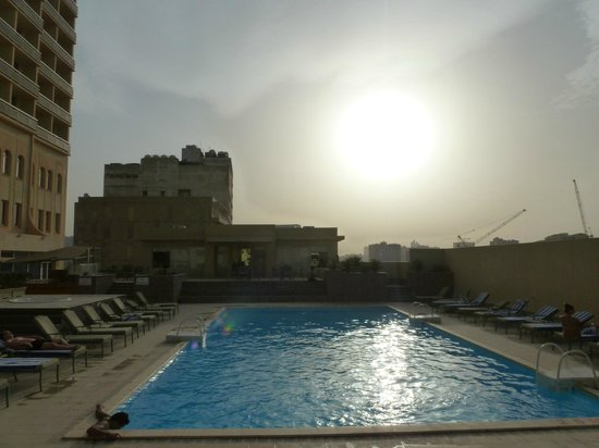 Mercure Grand Hotel Doha: piscine