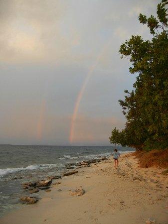 Navini Island Resort: Double rainbow!