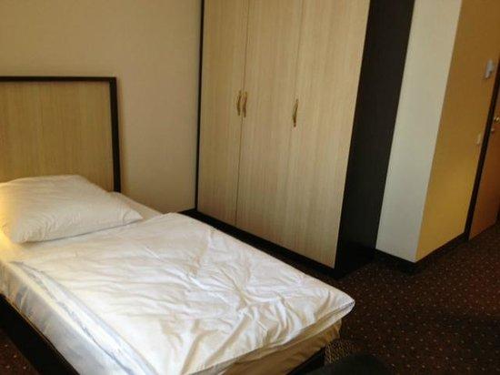 Lomsia Hotel