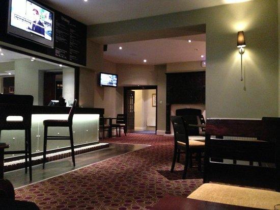 Mercure Exeter Rougemont Hotel: Bar