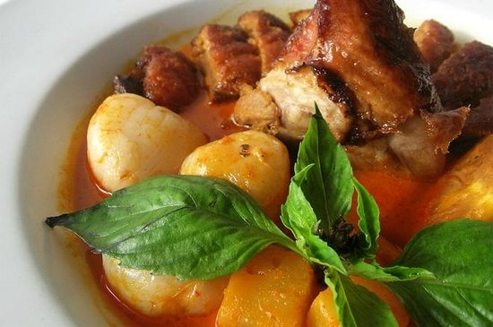 Green Basil: Roasted Duck with Curry Sauce