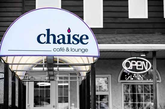 Chaise Cafe