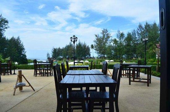 Khao Lak Riverside Resort & Spa : Terrasse