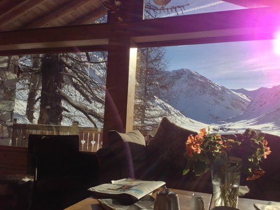 Le Chardon Mountain Lodges : amazing view from living room