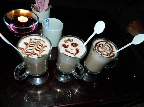 Royal Albatros Moderna Sharm el-Sheikh: Hot Chocolate in our favourite coffee bar - Columbus Coffee